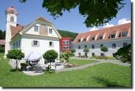 Caritas Senioren- und Pflegewohnhaus Schloss Wasserleith