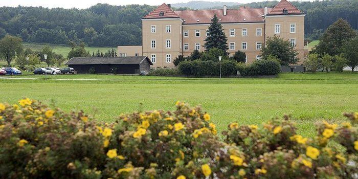 Haus St. Louise, Barmherzige Schwestern Pflege GmbH