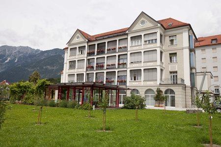 HAUS ST. ELISABETH Hall in Tirol