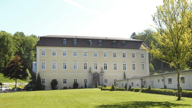 Landespflege- und Betreuungszentrum Schloss Haus